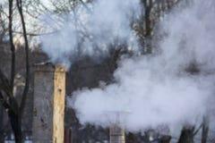 Стог печной трубы куря Тема загрязнения воздуха и изменения климата Стоковое Фото