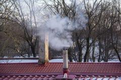 Стог печной трубы куря Тема загрязнения воздуха и изменения климата Стоковое Изображение RF