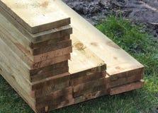 Стог планок твёрдой древесины стоковые изображения rf