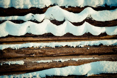 Стог покрытый снегом деревянный Стоковые Фото
