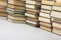 Стог предпосылки книг много куч книг Стоковое фото RF