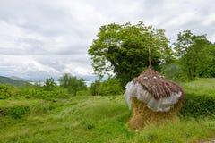 Стог сена около villiage Godinje на Черногории Стоковая Фотография