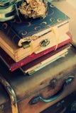 Стог старых винтажных вещей Стоковое Фото