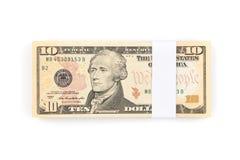 Стог 10 счетов доллара США изолированных на белой предпосылке Стоковое Изображение RF