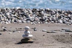 Стог Pepple на побережье Стоковое Изображение RF