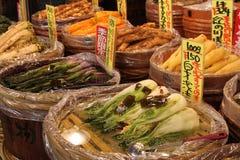 Стойка в рынке Nishiki - Киото Стоковые Изображения RF