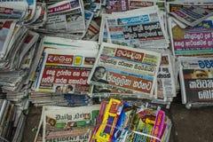 Стойка газеты в Канди стоковая фотография