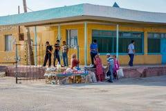 Стойка рынка в Muynak, Узбекистане стоковое фото rf