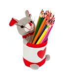 Стойка с покрашенными карандашами Стоковые Фотографии RF