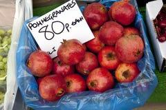 стойл pomegranates рынка Стоковое Изображение
