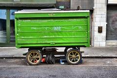 Стойл крытого рынка на колесах Стоковые Изображения RF