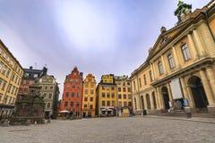 Стокгольм Швеция, горизонт города на городке Gamla Stan старом стоковая фотография rf