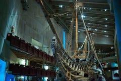 Стокгольм, Swden - Novemer 6, 2018 Посещение Vasa грузит в музее Vasa стоковое изображение
