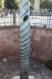 Столбец змейки на квадрате Sultanahmet Оно было захвачено в войне новой римской империи с персиянками стоковая фотография rf