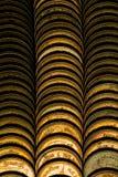 Столбцы золотых монеток, куч предпосылки монеток Стоковое Изображение