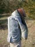 столб загородки ковбоя ботинка Стоковое Изображение RF