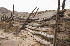 столб загородки старый Стоковые Фотографии RF