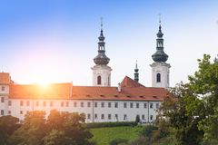 Столетие XVI особняка XII в Pruhonice около Праги, чехии стоковое фото