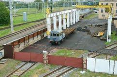 Стопы поезда в депо Стоковые Изображения