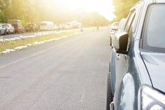 Стоп автомобилей дальше около дороги Стоковые Фотографии RF