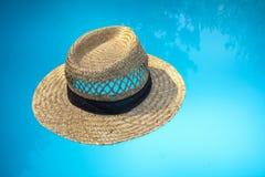 сторновка шлема предпосылки голубая Стоковые Фото