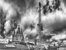 Сторожевая башня и церковь священного сердца, Tibidabo, Барселоны, Cata Стоковая Фотография RF
