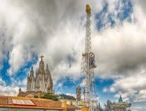 Сторожевая башня и церковь священного сердца, Tibidabo, Барселоны, Cata Стоковые Фото