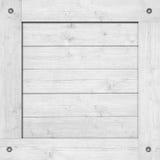 Сторона белых деревянной клети, коробки, стены или рамки с винтами Стоковое Изображение