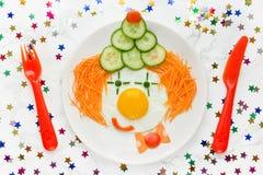 Сторона клоуна овощей яичницы для детей Стоковая Фотография RF