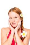 Сторона красивой рыжеволосой девушки на белизне Стоковая Фотография RF