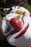 Сторона клоуна лежа в земле. Стоковые Фотографии RF