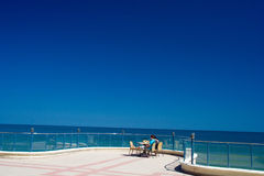 сторона моря пар стоковое изображение