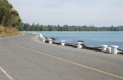 Сторона дороги вдоль пляжа Стоковые Фото