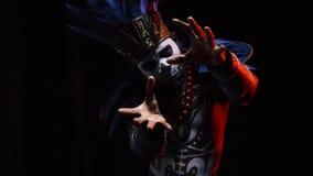Сторона шамана с черепом видеоматериал