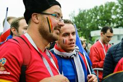 Сторонники футбольная команда соотечественника Бельгии и Франции Стоковые Изображения RF