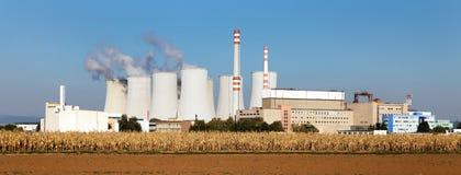 Стояк водяного охлаждения атомной электростанции Jaslovske Bohunice Стоковое Изображение