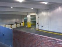 стоянка автомобилей гаража входа Стоковая Фотография