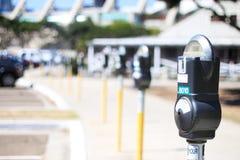 стоянка автомобилей метра dof Стоковые Изображения