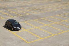 стоянка автомобилей серии стоковые изображения rf