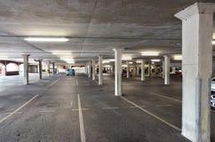 стоянка автомобилей parkdeck палубы Стоковое фото RF