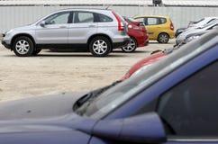 Стоянка автомобилей автомобиля Стоковые Фотографии RF