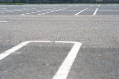 стоянка автомобилей крупной партии Стоковые Фото