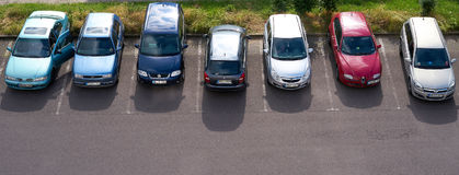 стоянка автомобилей серии автомобилей Стоковая Фотография RF