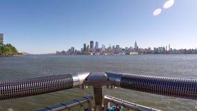 Стоять на пристани над смотреть Нью-Йорк акции видеоматериалы