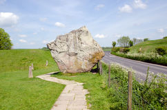 Стоящие камни на Avebury, Англии Стоковое Изображение