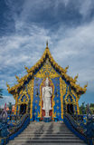 Стоящий белый Будда Стоковые Фотографии RF