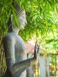 Стоя состояние Будды Пагода стиля изображения Будды Стоковые Фотографии RF
