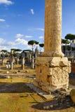 Столбец римского ` s форума и Trajan, центр ` s Рима исторический, Италия Стоковое Фото