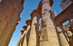 Столбец thebes виска серии karnak Египета Луксор Египет Стоковое Изображение
