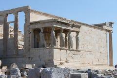 Столбцы кариатиды в акрополе - Афинах - Греции Стоковые Изображения RF